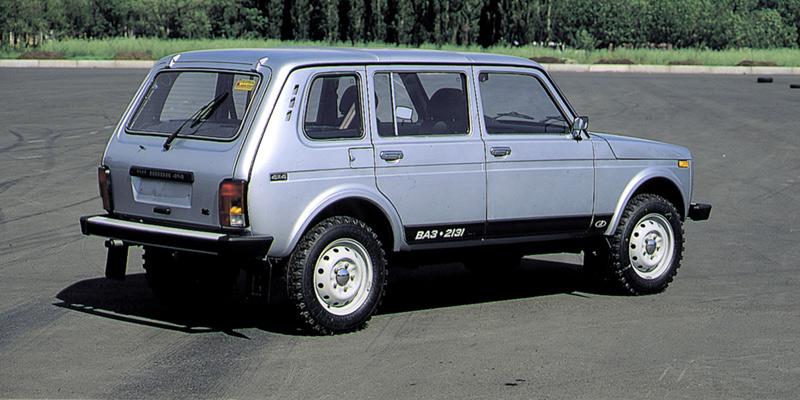 новая Niva 4x4 2131 в Мустанг Авто