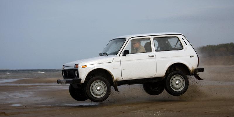 новая Niva 4x4 2121 в Мустанг Авто