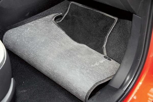 Своими руками коврики для автомобиля