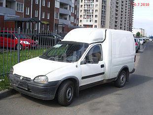 Opel Combo, цвет белый